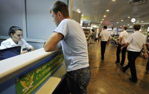 Госдума планирует повысить «невыездную» сумму долга в 2 раза