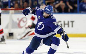 Кучеров стал лучшим бомбардиром НХЛ
