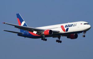 Два самолета с туристами экстренно вернулись в Россию из-за угрозы безопасности полетов