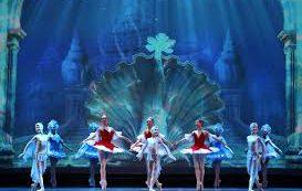 Последние приготовления к балету «Сказка о рыбаке и рыбке» в Санкт-Петербурге