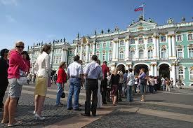 В Санкт-Петербурге начнут контролировать качество туристических услуг