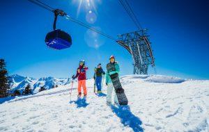 Названы самые популярные горнолыжные курорты на майские праздники