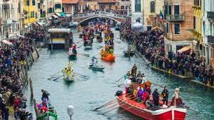 Въезд в исторический центр Венеции станет платным с 2020 года