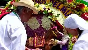 Фестиваль цветочных фигур в Колумбии
