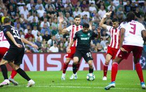 В матче раунда плей-офф Лиги чемпионов УЕФА «Краснодар» проиграл греческому «Олимпиакосу»