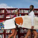 В Шардже появилась пляжная библиотека
