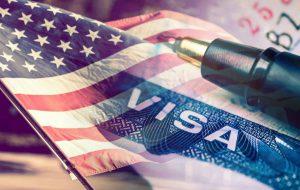 Деловые путешественники из России оформляют американские визы в Польше, Чехии и Австрии