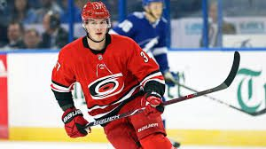 Овечкин стал первой звездой дня в НХЛ, Свечников – второй
