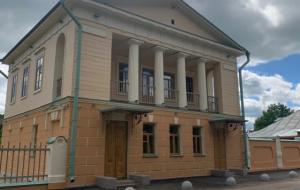 Под Великим Новгородом после реставрации открыли Путевой дворец Александра I
