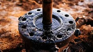 Ученые изучили состав нефти, растворив ее в воде