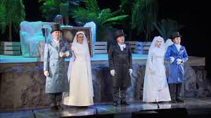 Театр «Практика» представил премьеру камерной оперы «Мороз, Красный нос»