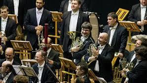 Симфонический оркестр Мариинского театра дал предновогодний концерт в Москве