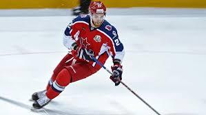 Нападающий ЦСКА Михаил Григоренко возвращается в Национальную хоккейную лигу