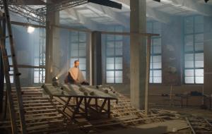 Дмитрий Крымов представляет видеоработу «Тайная вечеря»