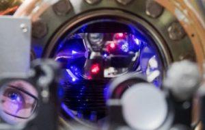 Открытие ученых из Европы и РФ позволит создать сверхточные атомные часы