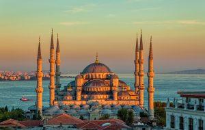 Эксперты: Турция первая восстановит туристический сектор