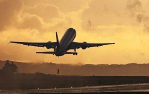 Перевозчики рассчитывают за международные рейсы с 1 августа