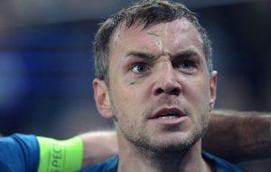 «Зенит» объявил о продлении контракта с нападающим Артемом Дзюбой