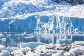 Два самых крупных ледника Антарктики начали разрушаться