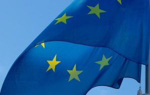 Европа готова сократить карантин для туристов с 14 до 10 дней