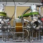 Установка для магнетронного напыления металла на проволоки и волокна