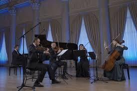 «Русские сезоны» приглашают на Рождественский онлайн-концерт