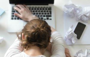 Депрессия, переедание, боли в шее и другие издержки удаленной работы