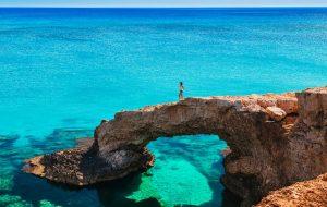 Кипр: остров Афродиты для влюбленных и молодоженов