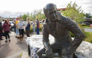 Демонтированной статуе русского правителя Аляски нашли новое место