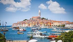 Уточнен список необходимых документов для въезда в Хорватию