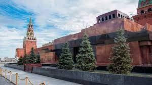 Мавзолей Ленина откроют для посещения с 17 апреля
