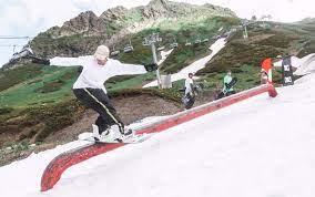 Bonus Summer Camp продлит катание в сноупарке Курорта Красная Поляна до июля