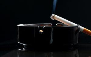 Пассивное курение увеличивает риск рака ротовой полости на 50%