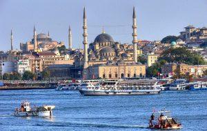 Турция предлагает разрешить россиянам приезжать на курорты страны