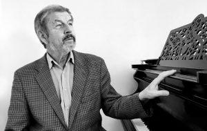 В Москве умер пианист Владимир Сканави