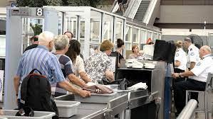 В аэропортах египетских курортов россияне проходят около 15 процедур досмотра