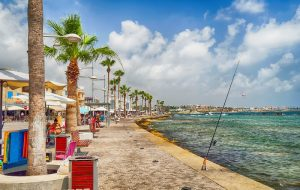 Туристам на Кипре не нужно будет платить за тесты на COVID-19