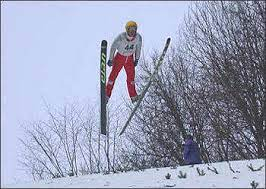 Наши прыгуны на лыжах с трамплина собрали полный комплект медалей
