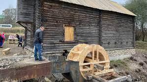 В Брянской области после реставрации открылась водяная мельница