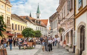 Хорватия продолжает принимать заявления на выдачу виз российским туристам
