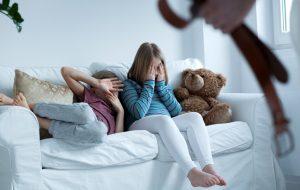 У свидетелей рукоприкладства в отношении братьев и сестер обнаружились психотравмы